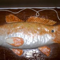 Fish Cake   first cake fish, need more practice though, and a sprayer thingy!!!!!!!!!!!