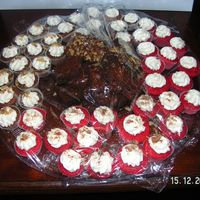 Mini Red Velvet , Carrot Cakes And Brownies
