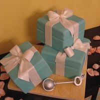 Tiffany Boxes With Rattle