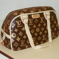 Louis Vuitton Bag Renshaws chocolate sugarpaste to cover. Sponge cake inside. details painted on, sugarpaste for cream details, bronze mixed with gold for...