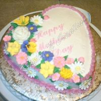 121686128124398.jpg Royal icing flowers, French vanilla cake with raspberry filling