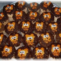 Just Lion Around Birthday cupcakes for a sweet little boy ( in my daughter's first grade class) who just immigrated to Canada from Africa. All...