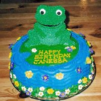 Froggy Funny how the hardest part of this cake was using that decorator triangle for the water!