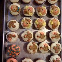 Cupcakes Turkey & Pilgrim- girl & boy (I need more practice)