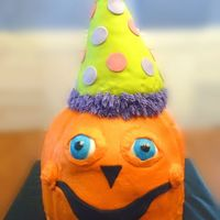 3D Pumpkin With Party Hat This was done for my daughter birthday - we had her party at a place called Pumpkinville. This cake was huge! 28 inches tall. It was make...
