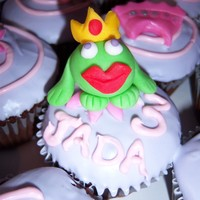 Princess Cupcakes coconut cake with vanilla frosting, all details in fondant