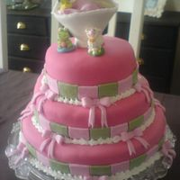 Girl Baby Shower For a friend. Inside is raspberry fromage :) yummy...