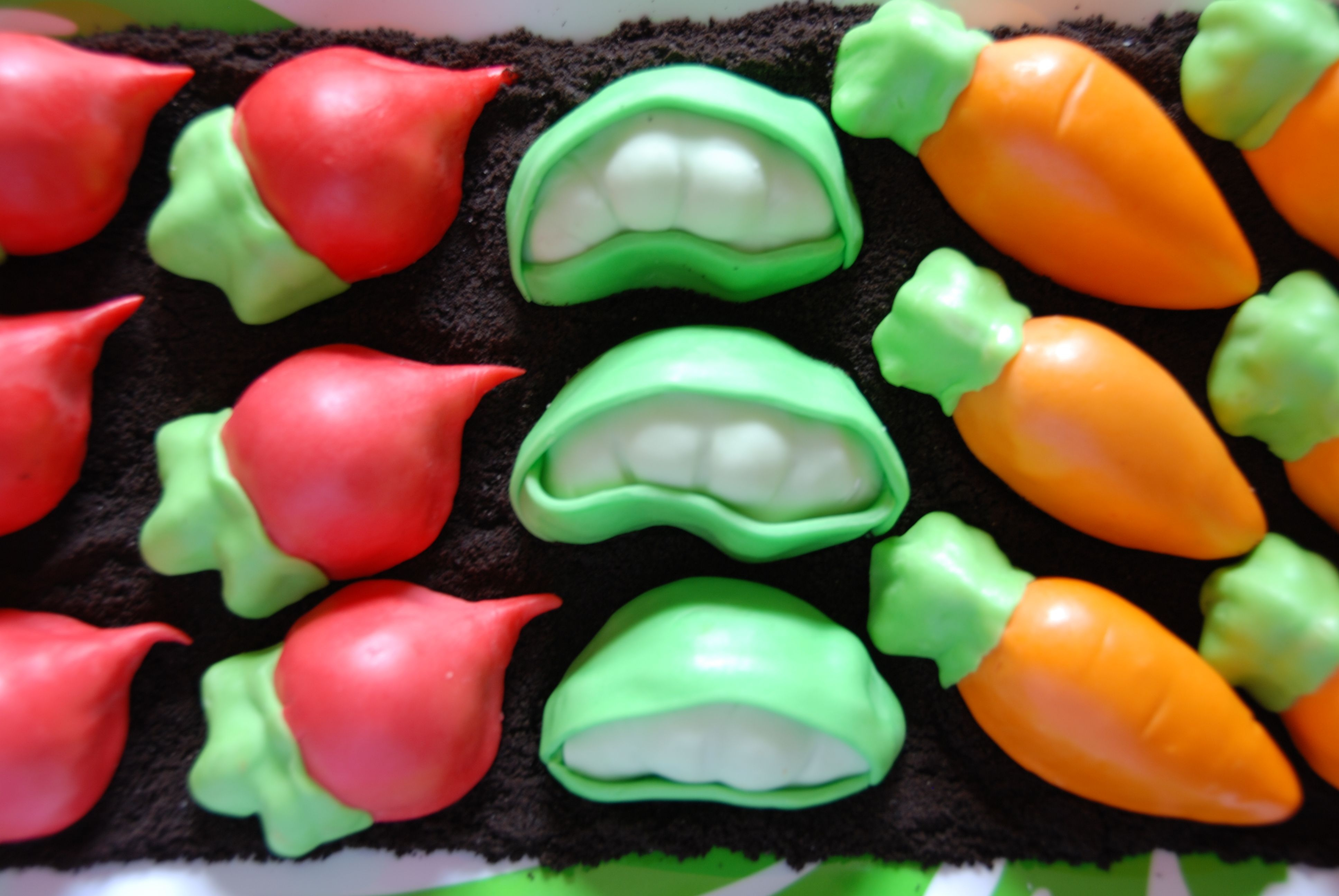 Vegetable Patch Mini Cakes