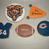 Chicago Bear Cookies Samples of Chicago Bear cookies I made to take to a barbeque we are attending tomorrow. NFSC/RI
