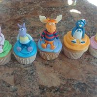 Backyardigan Cupcakes These cupcakes were for a Backyardigans themed birthday. They were fun to make.