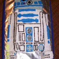 R2D2 Cake is carved from a 9x13 cake. Decorated with buttercream.