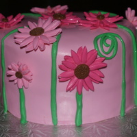 Daisies pink daisies I copied from pink cake box