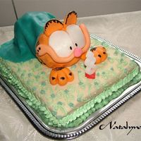 Garfield   This cake is for 8th Birtday of my son Samuel! He loves Garfield, so i made it for him. :)
