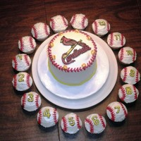 Cardinals Baseball FBCT on top of the cake. Free-hand piping of numbers on cupcakes.