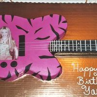 Hannah Montana OK THIS ONE AGAIN WAS FOR MY GOD-DAUGHTER BUT THIS ONE WAS FOR HER ACTUAL B-DAY. SHE SAYS THAT I ROCK AND THAT I'M THE BEST!