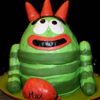 Brobee Yo Gabba Gabba The horns, arms and balloon are RKT. The rest is fondant, with wilton's decorator frosting and funfetti cake (thats what little max...