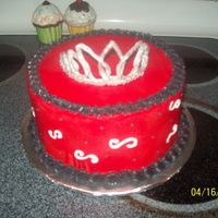 Diva Birthday   ERG.... Royal icing tiara.. I think to myself oh I can do that.. ha! Harder than it looks... iced w/bc