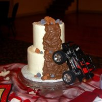 "Off- Roadin'!!! This was a request from the groom: ""I want the cake to look like it's off roadin'!"""