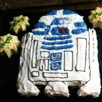 R2D2 Birthday Cake Done without a template
