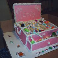 Jewelry Box Cake This is an all eatable cake the back is made of graham crackers with white chocolate on the back and sugar wafers are used to make the...