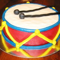 Little Snare Drum This little snare drum was made for the First Birthday of my nephew. The decoration is all sugar paste except for drumsticks that are...