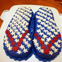 4Th Of July Flip Flops I made this cake for my sister's birthday this weekend! Her birthday is July 5th and she loves shoes and wanted her cake decorated in...