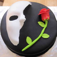 Phantom Of The Opera Totally inspired by Joanne0710. Chocolate cake with buttercream center frosting. Everything is fondant.
