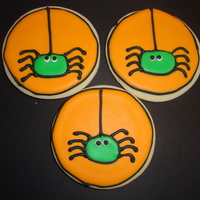 Eeeek Spiders I made these for my son's class for halloween. Inspired by similar cookies on CC, colors inspired by bakinccc. The kids loved them