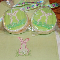 Easter Bunny Cookies I made these for my Easter table and as gifts for my family. Inspired by the Easter dish towels they are shown on. Each sister is getting a...