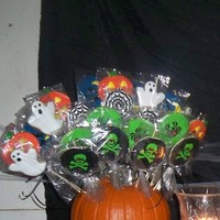Pumpkin Cookie Bouquet NFSC I decorated and my kids arranged in a pumpkin for a party at their friends.