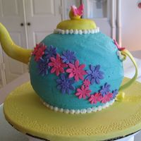 Teapot   For a 1st birthday. Butter cream with fondant.