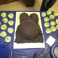 Tummy Cake my first one! very fun and easy. chocolate fondant.