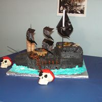Pirates Of The Caribbean Black Pearl Ship We are HUGE fans of POTC and my son wanted the POTC theme for his 7th b-day. I was a little nervous at first but the cake was quite easy...