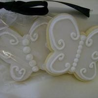 Butterflies Sugar Cookie Favors. Fondant with RI decoration.