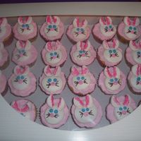 Easter Cupcakes   white cakes with bc