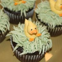 Ducky Cupcakes ducky cupcakes for a baby shower, Buttercream. Large round tip for body and small leaf tip for bill and feet.