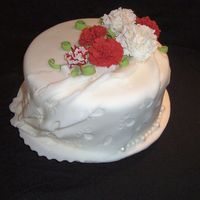 Class Final Cake Final Cake for Wilton Fondant & Gumpaste Class. I love the look of drapesbut I am going to needs ALOT of practice before mine look like...