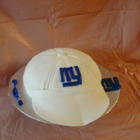 N.y. Giants Cap made from fondant and royal icing