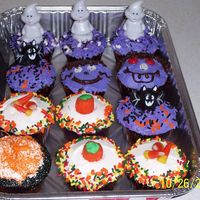 Halloween Cupcakes Fun cup cakes for my daughter's party