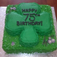 75Th Shamrock I made the shamrock chocolate and the base french vanilla with a lemon buttercream filling. I tried the tutorial on CC for gelatin...