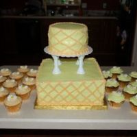 Jane's Garden RI daisies on all 12 dozen cupcakes. For an outside wedding.