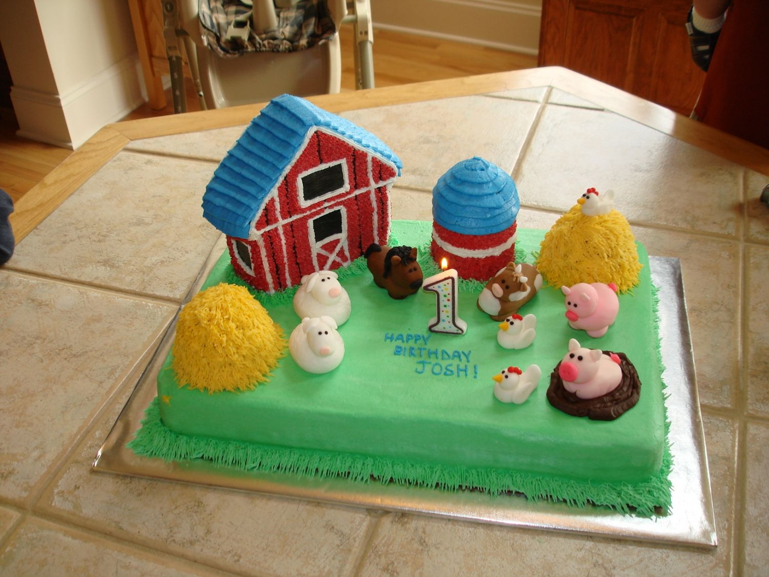 Farm Birthday Cake  I made this cake for son's first birthday. It was inspired by the Wilton 2002 Yearbook as well as the wonderful farm cakes on this...