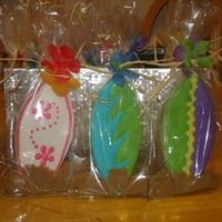 Surfboard Cookies Just a closer view of the surfboard cookies.