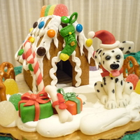"Gingerbread Doghouse Gingerbread doghouse 3""H & fondant figures"
