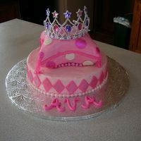 Another View....w/tiara Here's another view of this cake with the tiara. Thankfully, mom liked it!