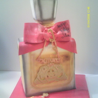 Viva La Juicy Perfume Bottle