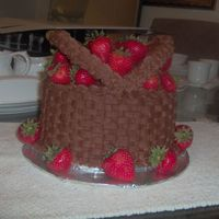 Oval Basket Cake With Strawberries This is my second oval basketweave cake. This was done with the small oval pan