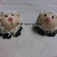 Sheep! These are MMF - took me a half hour to complete each one. The feet are actually choc chips the I carved and then painted with Americolor&#...