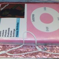 Shaniya's Birthday Cake Ipod cake for a 14 year old girl