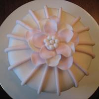 Fantasy Flower Cake Just 4 inches in diameter. A Valentine's Day cake for 2